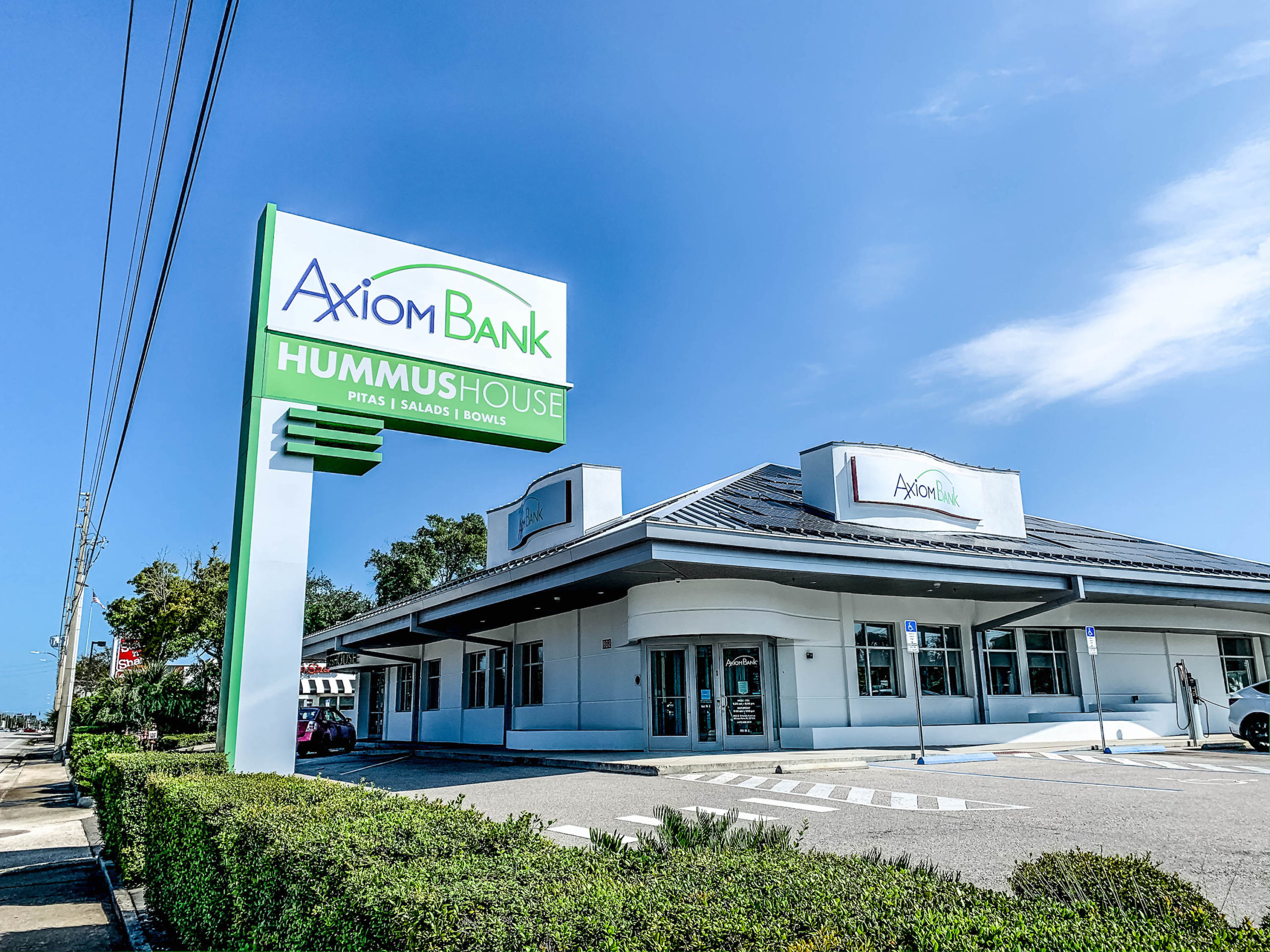 Winter Park location of Axiom Bank.