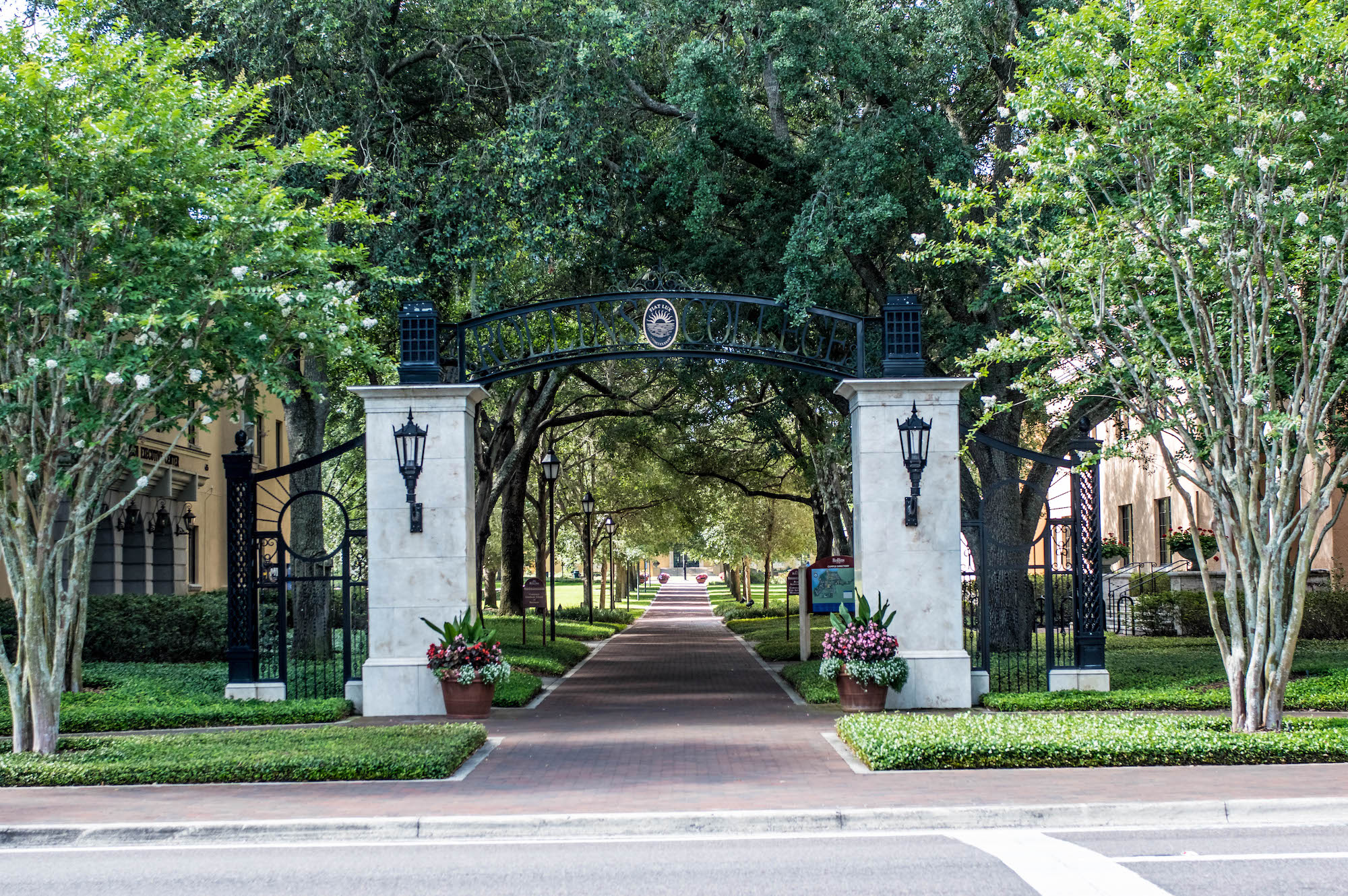 Rollins College archway.
